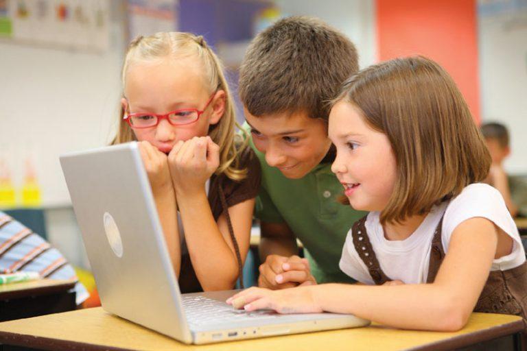 2020年から小学校でプログラミングが必須科目に?